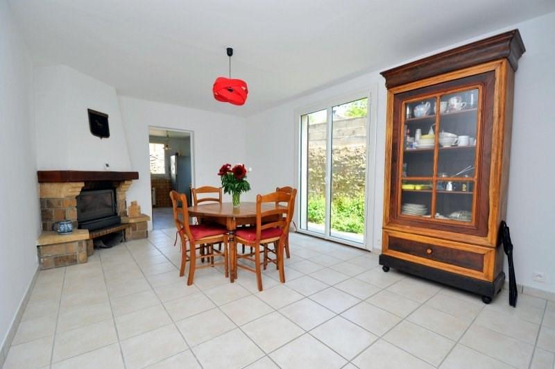 Sale house / villa St cheron 239000€ - Picture 4