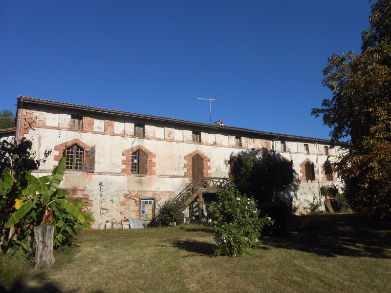 Sale house / villa Le fouilloux 233000€ - Picture 1