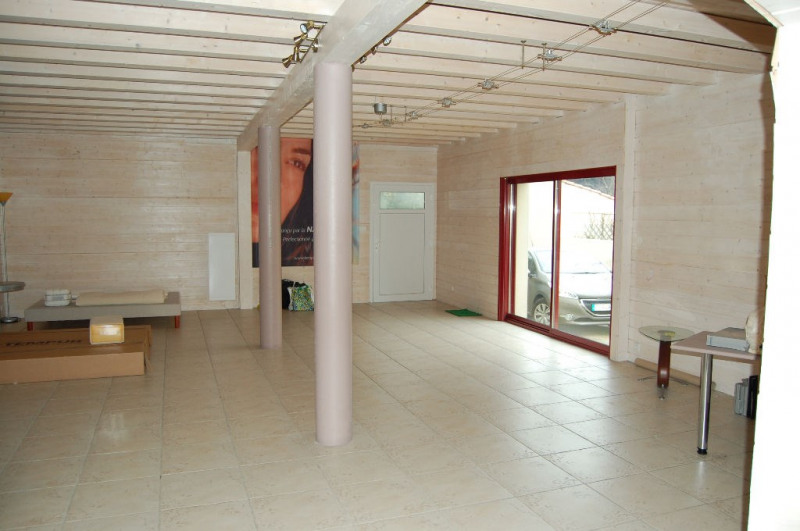 Sale empty room/storage La rochelle 304 500€ - Picture 1