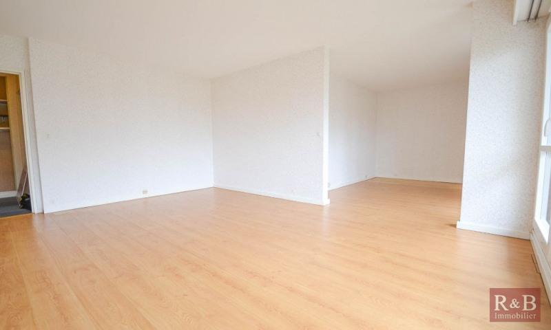 Sale apartment Les clayes sous bois 178000€ - Picture 2