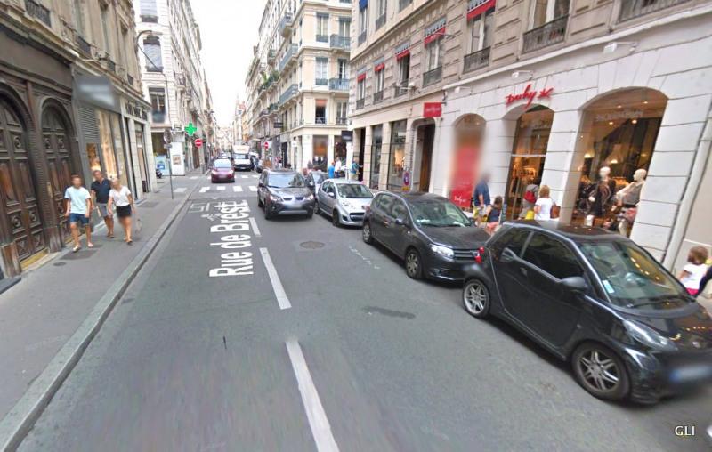 Rental apartment Lyon 2ème 1010€ CC - Picture 3
