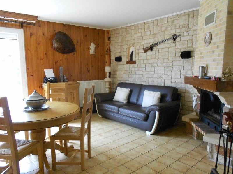 Sale house / villa Mont gaillard 190000€ - Picture 3