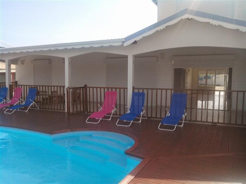 Deluxe sale house / villa Ste anne 580000€ - Picture 1