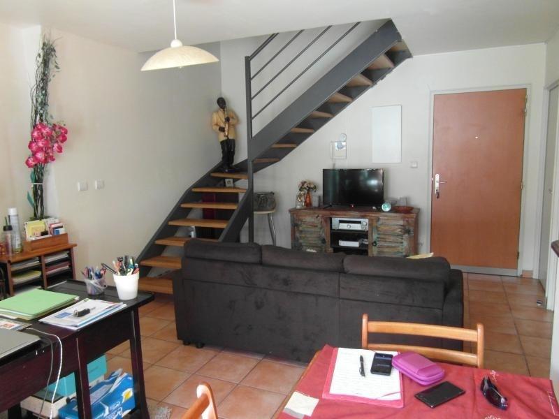 Sale apartment St denis 233000€ - Picture 3