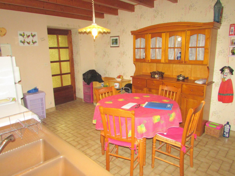 Sale house / villa Aigre 66 000€ - Picture 8