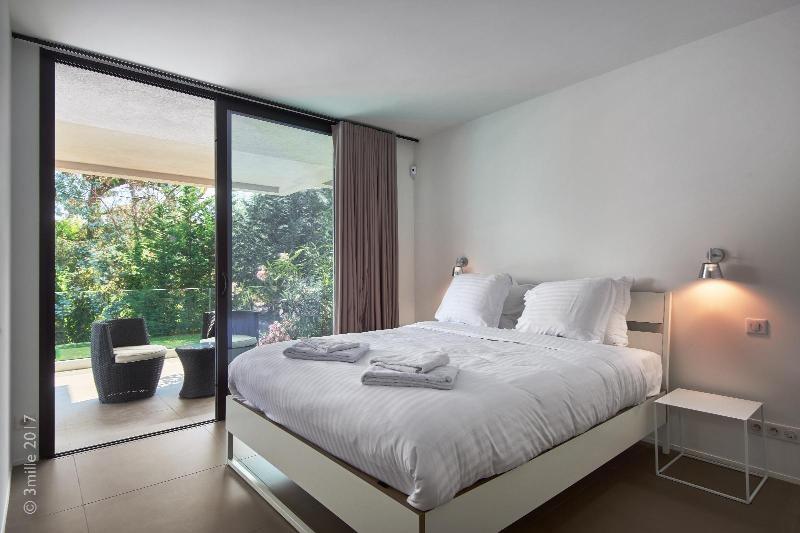 Vermietung von ferienwohnung wohnung Le golfe juan 5400€ - Fotografie 20