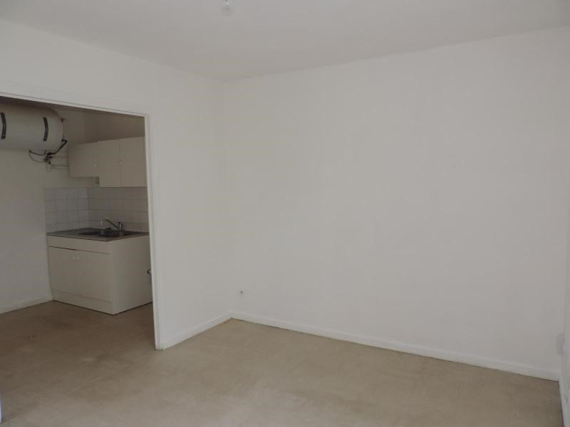 Location appartement Les olmes 410€ CC - Photo 4