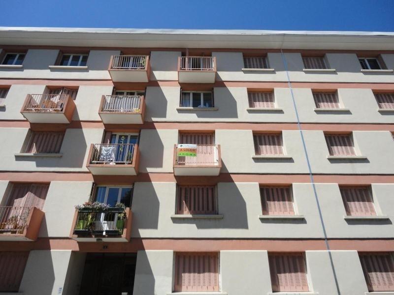 Location appartement Grenoble 700€ CC - Photo 1