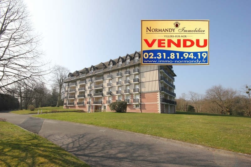 Deluxe sale apartment Villers sur mer 286 000€ - Picture 1