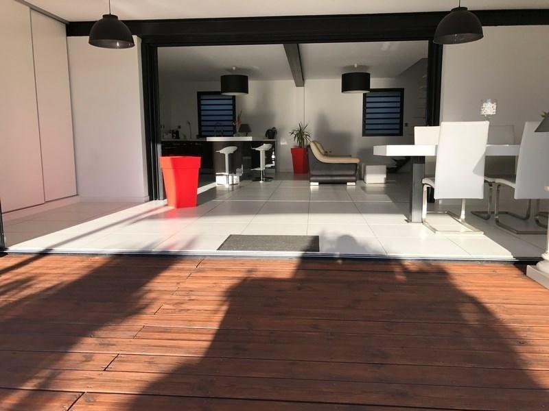 Venta de prestigio  casa St gilles les bains 880000€ - Fotografía 6