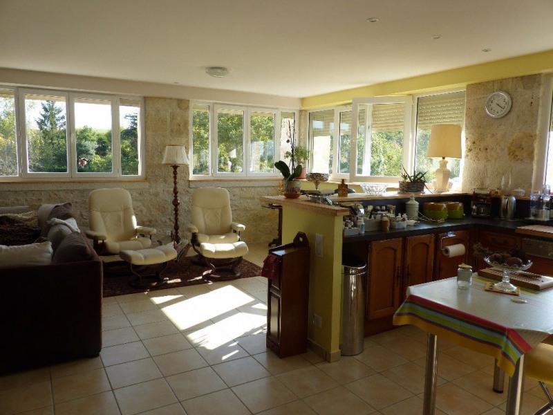 Sale house / villa La croix blanche 371000€ - Picture 5
