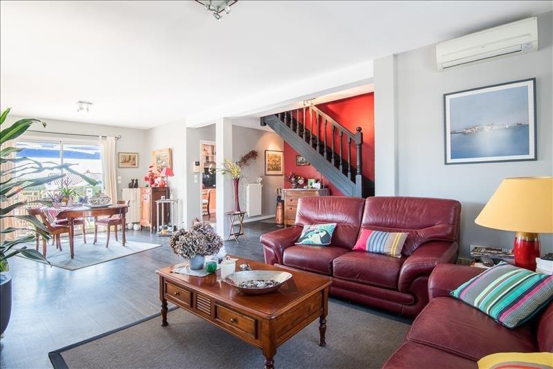 Deluxe sale house / villa Bassussarry 730000€ - Picture 7