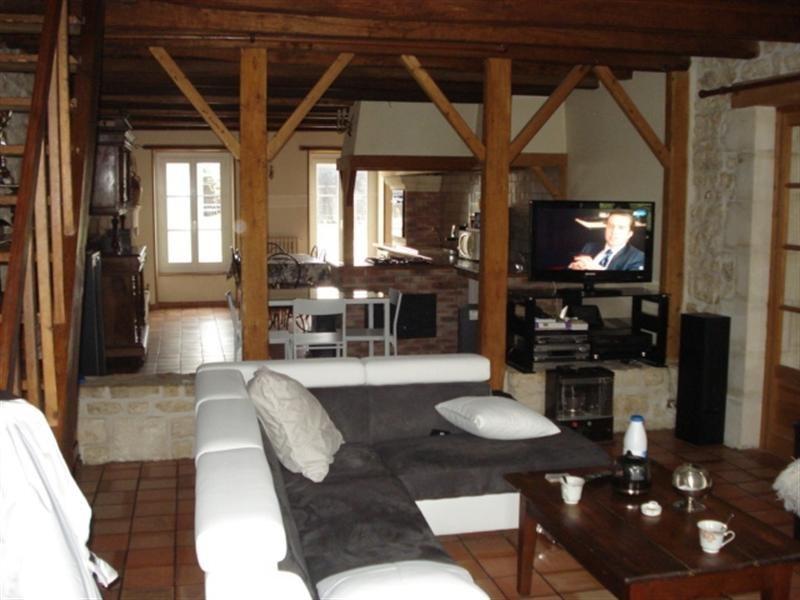 Sale house / villa Bords 190800€ - Picture 4