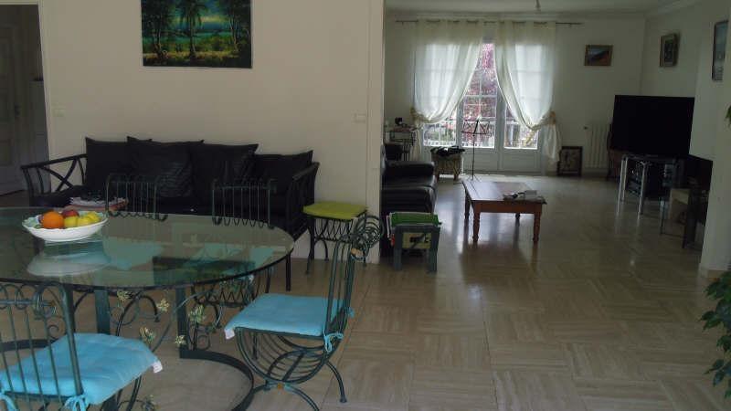 Sale house / villa Pontault combault 395000€ - Picture 2