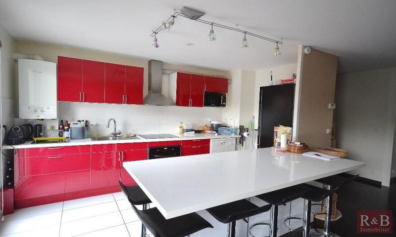 Sale apartment Les clayes sous bois 231000€ - Picture 3