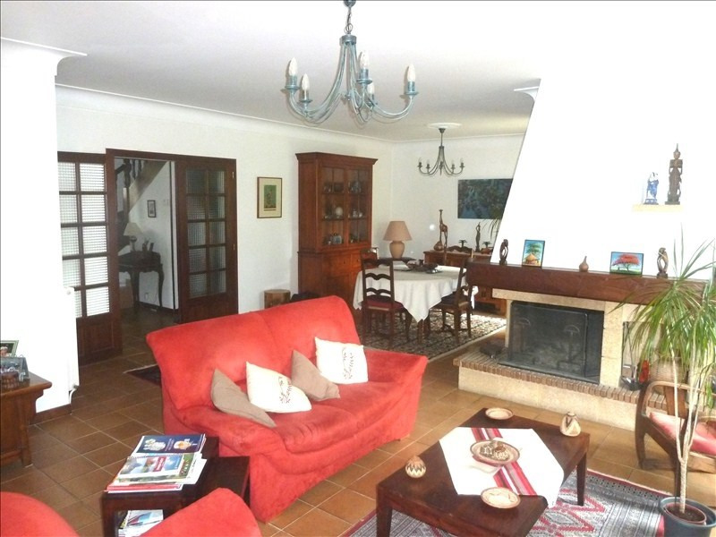 Sale house / villa Pau 379 000€ - Picture 2