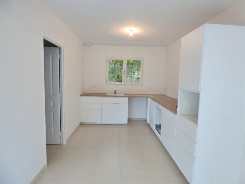 Sale house / villa St loubes 320000€ - Picture 4