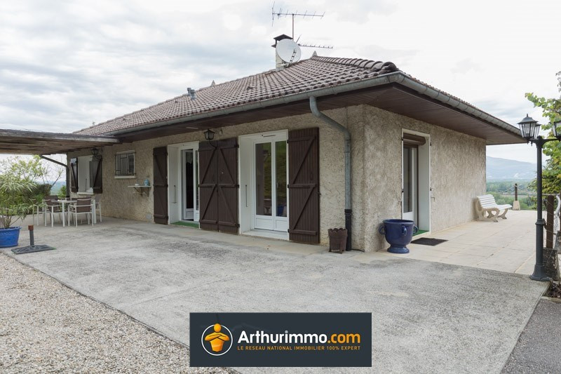 Sale house / villa Morestel 235 000€ - Picture 1