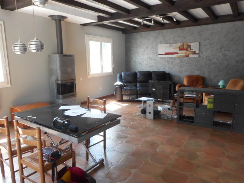 Vente maison / villa Montaigu 250000€ - Photo 2
