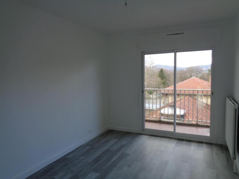 Location appartement Lyon 4ème 1490€ CC - Photo 3