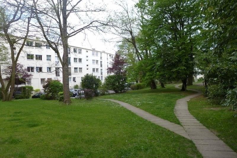 Location appartement La celle st cloud 1517€ CC - Photo 9