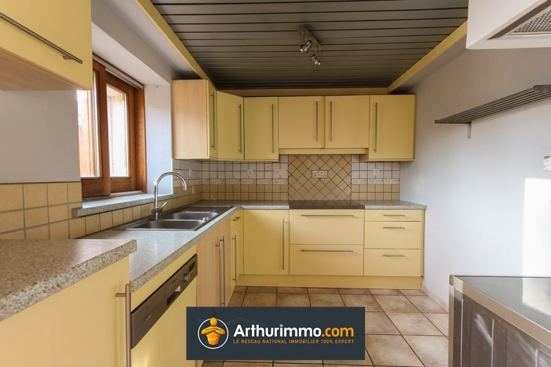 Sale house / villa Courtenay 207 900€ - Picture 2