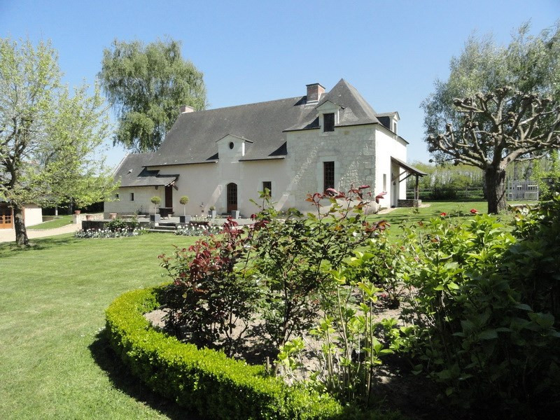 Deluxe sale house / villa Angers 20 mn 477 000€ - Picture 1