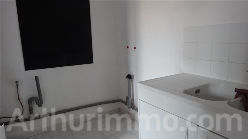 Location appartement Lodeve 550€ CC - Photo 2