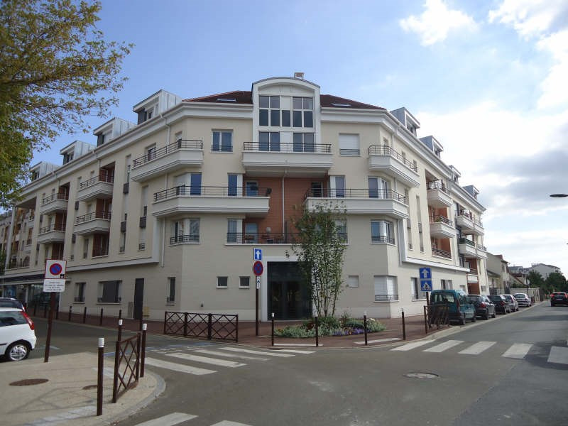 Location appartement Acheres 825€ CC - Photo 1