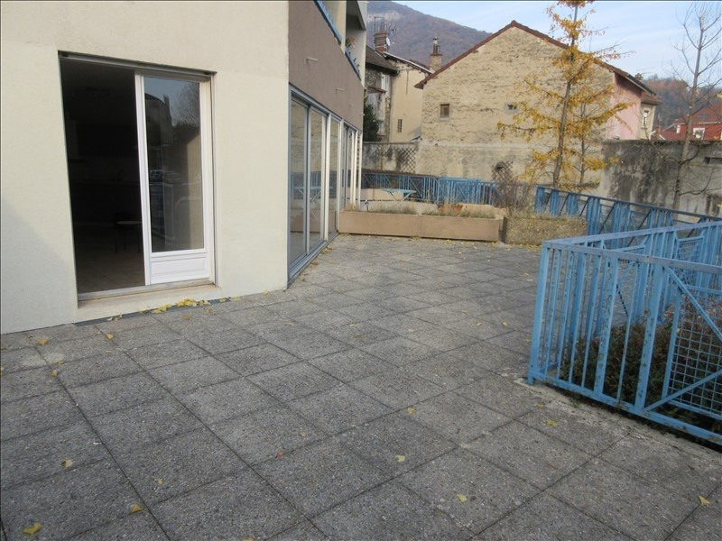 Location appartement Voiron 550€ CC - Photo 1