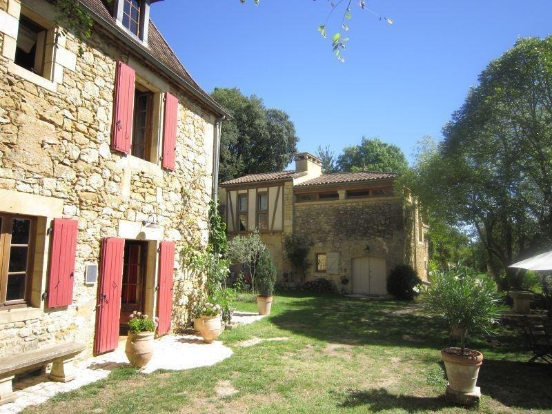 Sale house / villa Bezenac 475000€ - Picture 1