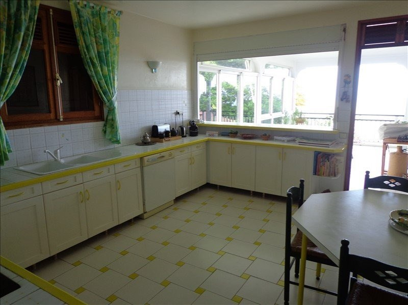 Investment property house / villa St claude 501 975€ - Picture 7