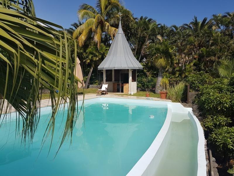 Deluxe sale house / villa La possession 785000€ - Picture 1