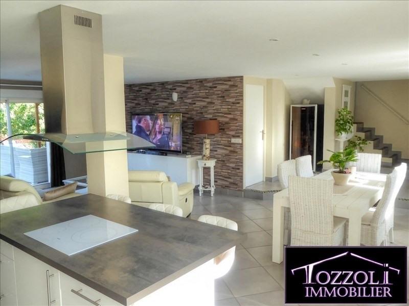 Sale house / villa St quentin fallavier 342000€ - Picture 1