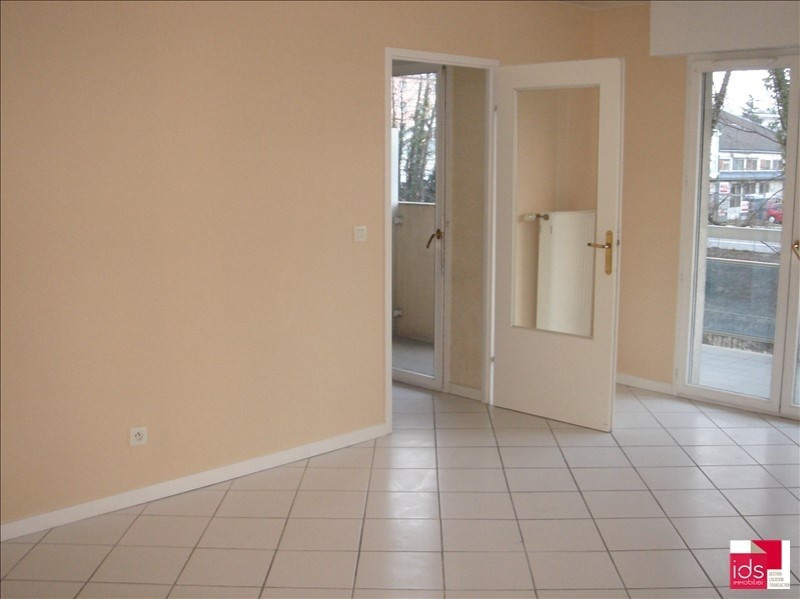 Location appartement Chambery 855€ CC - Photo 2