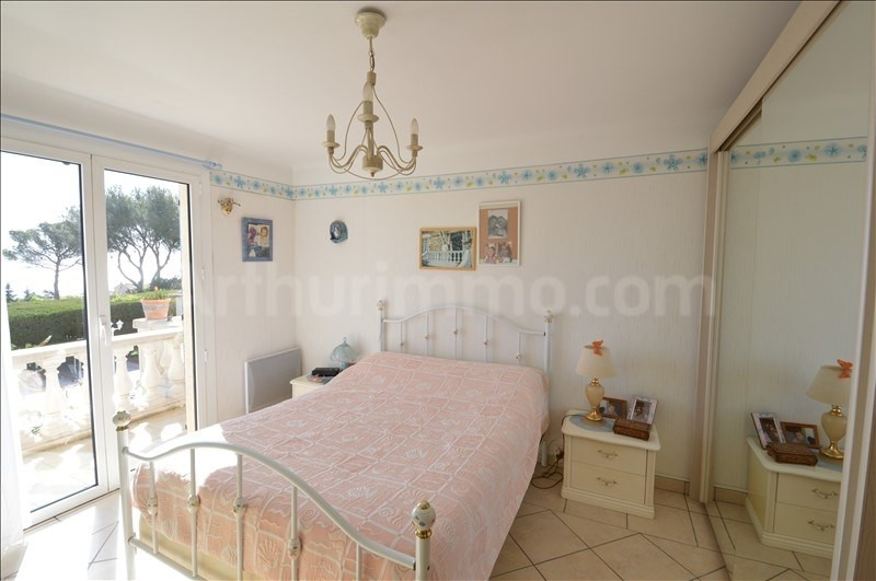 Deluxe sale house / villa Les issambres 645000€ - Picture 4
