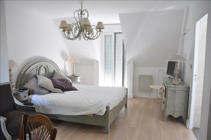 Sale house / villa Feucherolles 990000€ - Picture 5