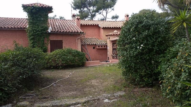 Deluxe sale house / villa Sanary sur mer 1 050 000€ - Picture 2