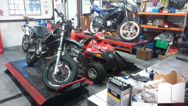 Fonds de commerce Auto-Moto-Service Dardilly 0