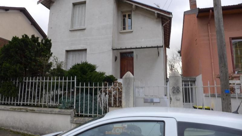 Location maison / villa St foy les lyon 1 850€ CC - Photo 5