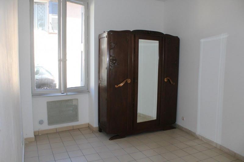 Affitto appartamento Saint-just-saint-rambert 380€ CC - Fotografia 5