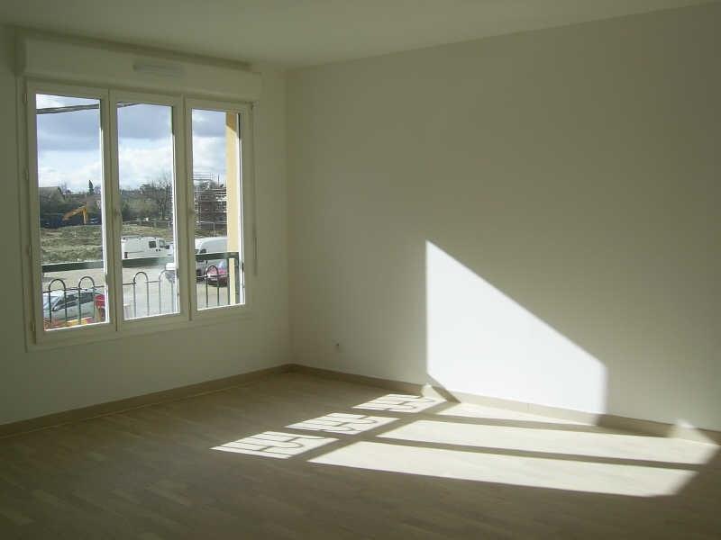 Rental apartment Wissous 1095€ CC - Picture 3