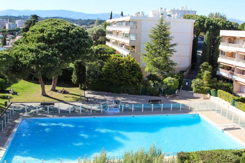 Sale apartment Antibes 268 000€ - Picture 3