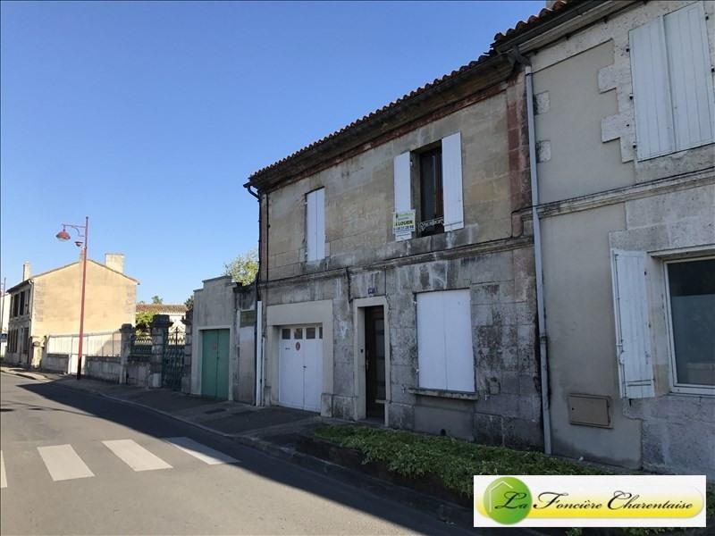 Rental house / villa La couronne 595€ CC - Picture 1