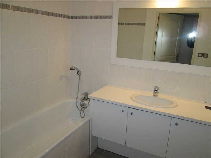 Location appartement Sete 783€ CC - Photo 5