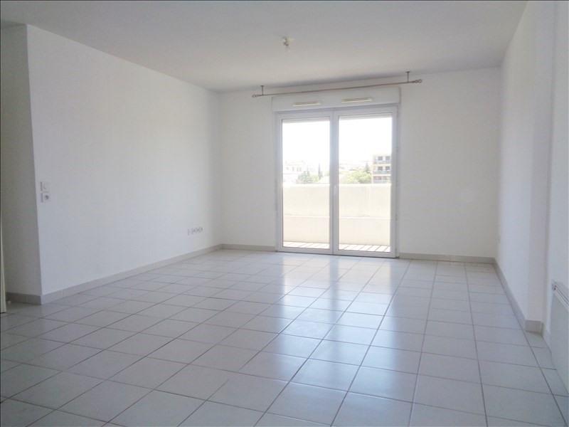 Location appartement Seyne sur mer 739€ CC - Photo 1