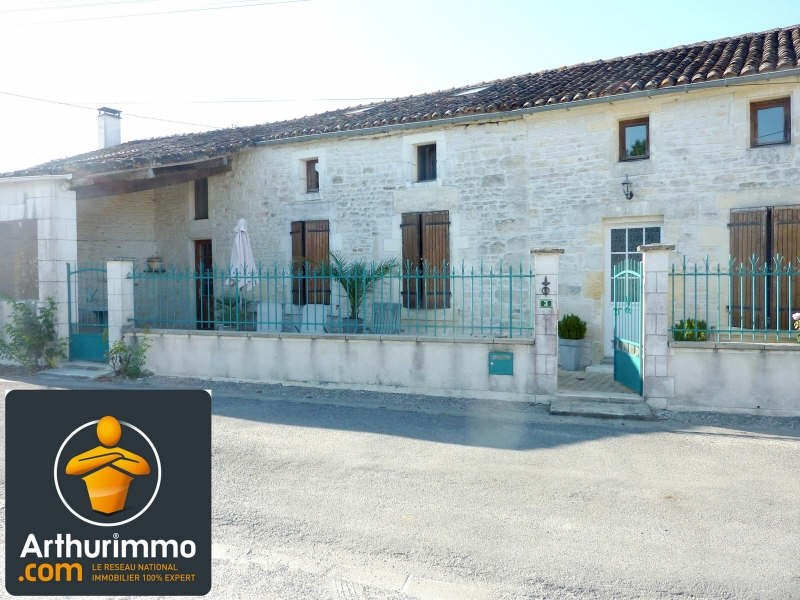 Sale house / villa Matha 159 750€ - Picture 1