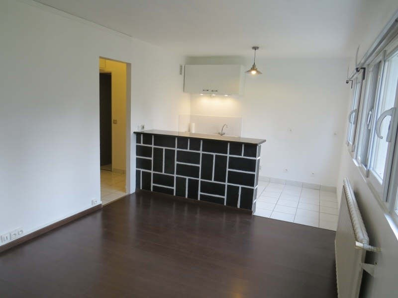 Rental apartment Maisons-laffitte 850€cc - Picture 2