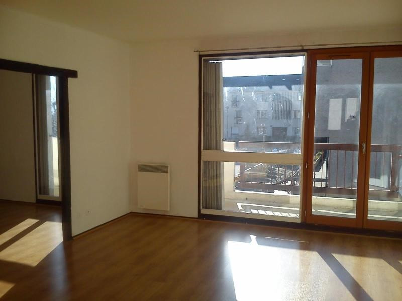 Location appartement Crolles 852€ CC - Photo 1