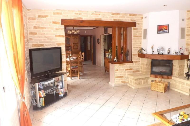Sale house / villa La roche chalais 196000€ - Picture 5